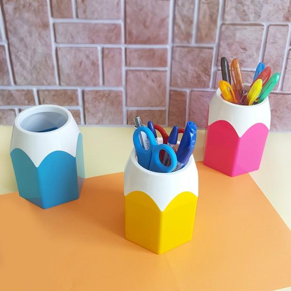 Органайзер за бюро моливник с форма на моливче
