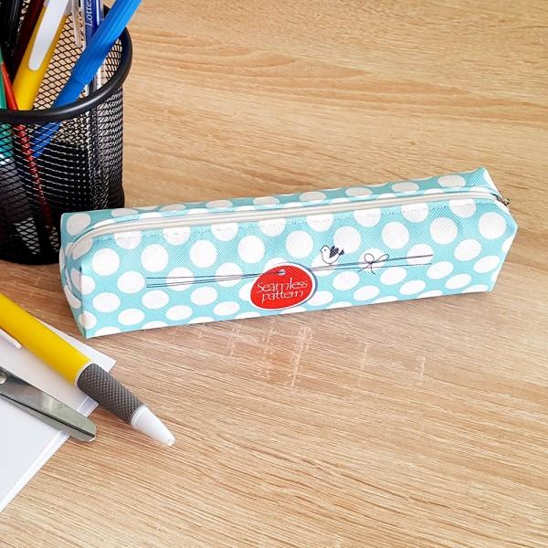 Ученически несесер за моливи на точки