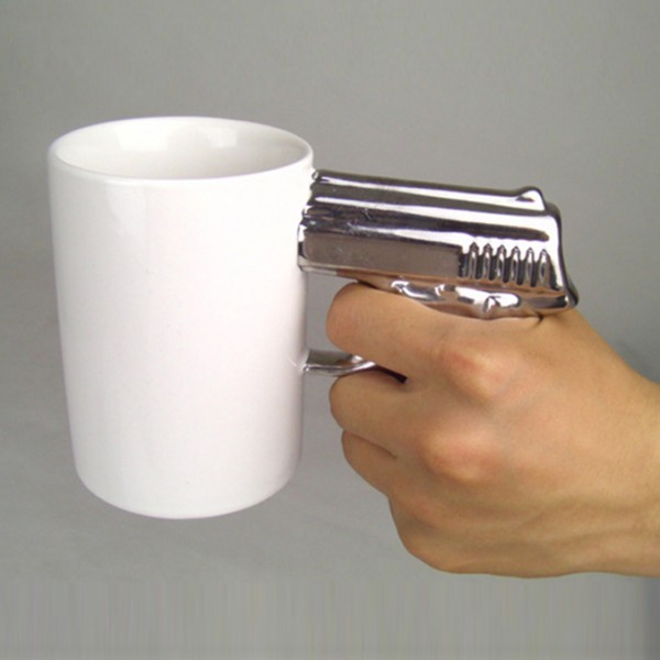 Керамична чаша с нестандартна дръжка чаша за подарък за мъж