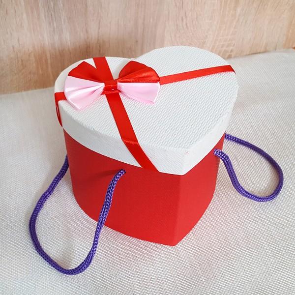Комплект керамична чаша с плюшено мече в кутия сърце