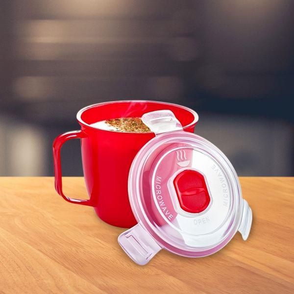 Чаша за супа в микровълнова купа за претопляне на храни
