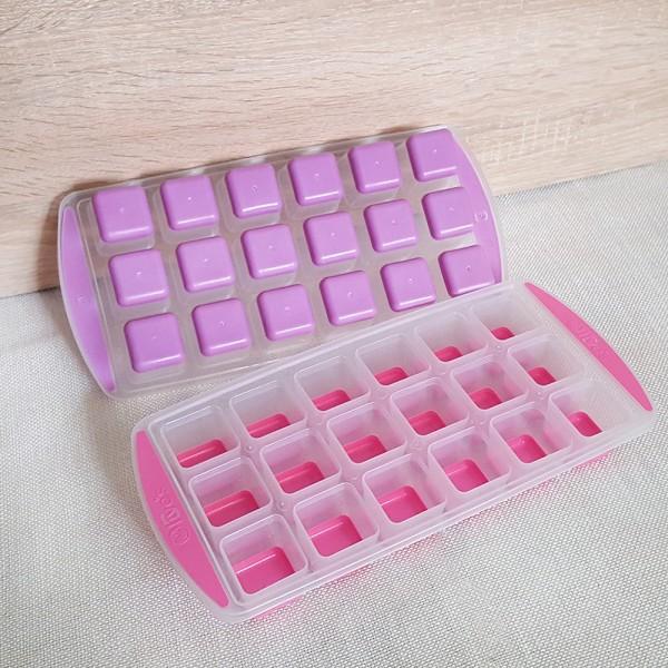 Пластмасова форма за лед със силиконово дъно 18 кубчета