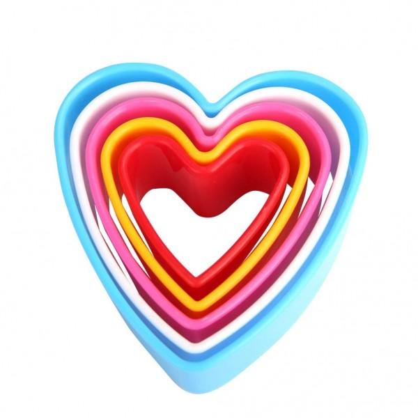 Комплект форми за сладки сърце резци за тесто сърца 5бр различни размери