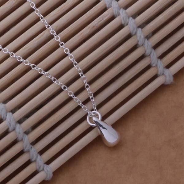 Комплект бижута капка сребърно покритие 925 Silver Обеци и Колие с висулка капка