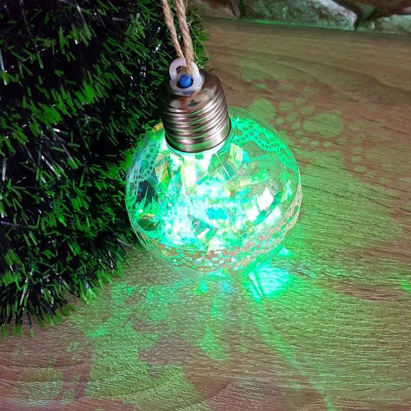 Светеща коледна топка с pvc дантела за украса на елха 8см диаметър