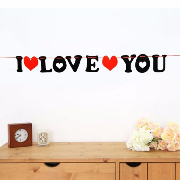 Парти лента с надпис I LOVE YOU