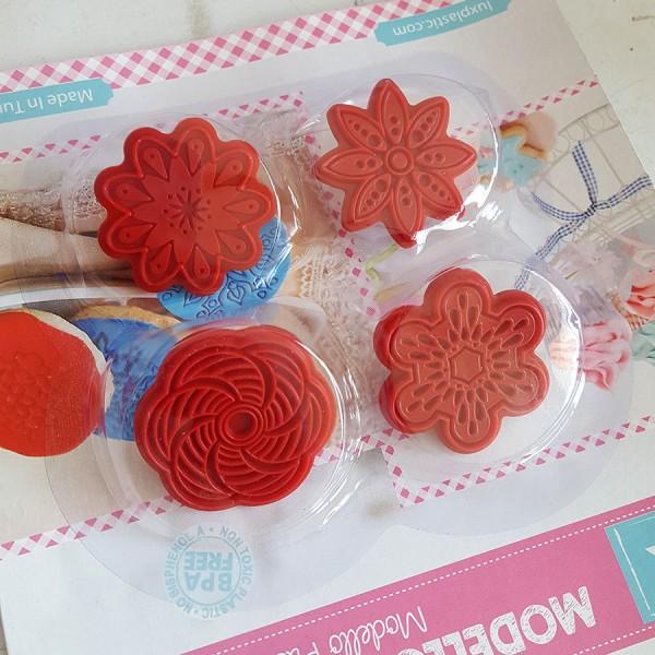 Комплект печати за сладки Цветенца 4 броя декорация за бисквити