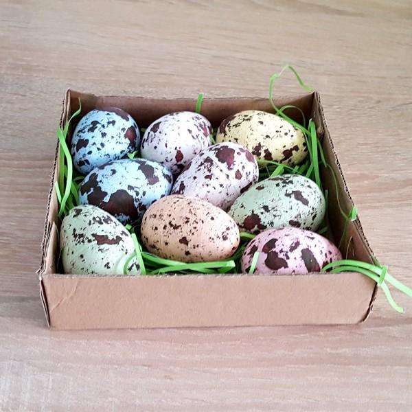 Великденски шарени яйца с тревичка в кутийка декорация украса за Великден