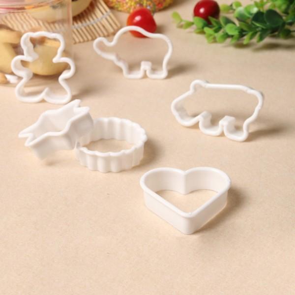 Пластмасови резци форми за домашни сладки меденки бисквити фондан, 6 броя