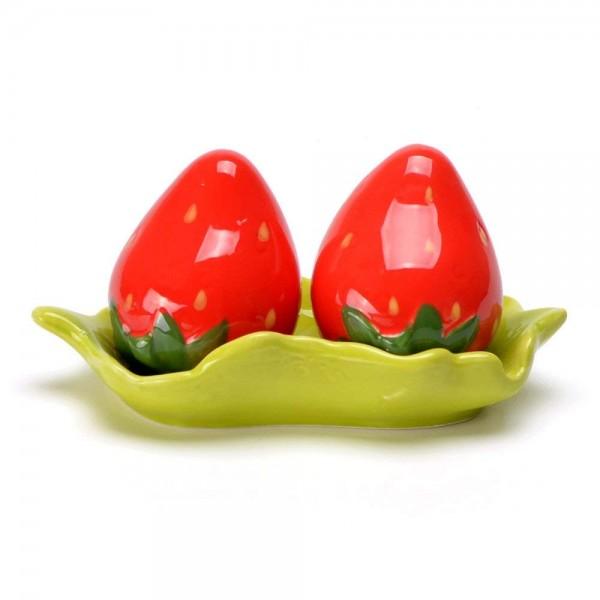 Комплект керамични солници ягоди на поставка листо Солнички Ягодки