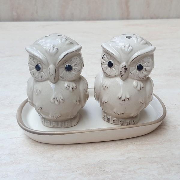 Комплект керамични солнички на поставка Бухалчета