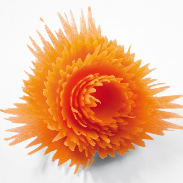 Острилка за моркови белачка уред за декокорация на зеленчуци салати