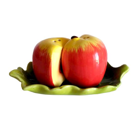 Комплект солнички керамични солница и пиперница Ябълка върху поставка листо