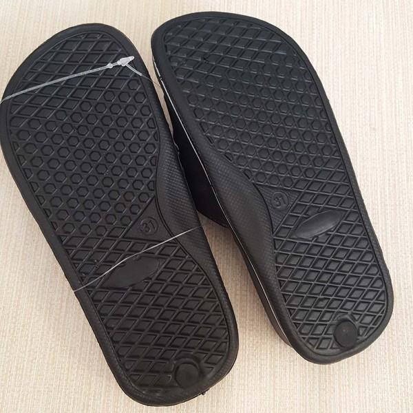 Детски отляти чехли с надпис SPORT