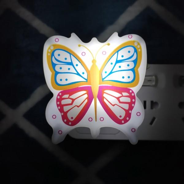 Детска нощна лампа за контакт Пеперуда