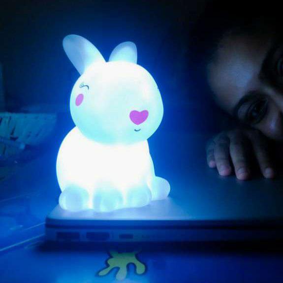 Детска нощна лампа зайче