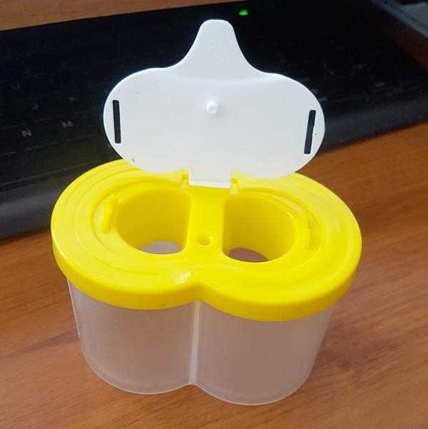 Двойна чашка за рисуване с капаче